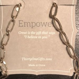 Thirty One Empower chain linked necklace